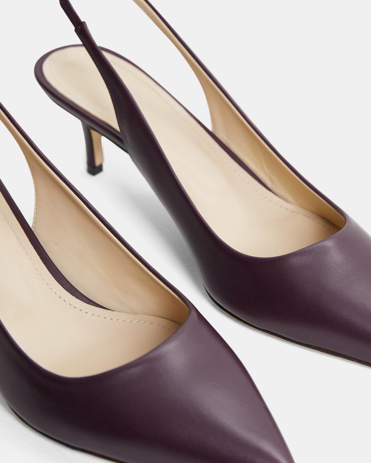City 55 Slingback Pump in Leather