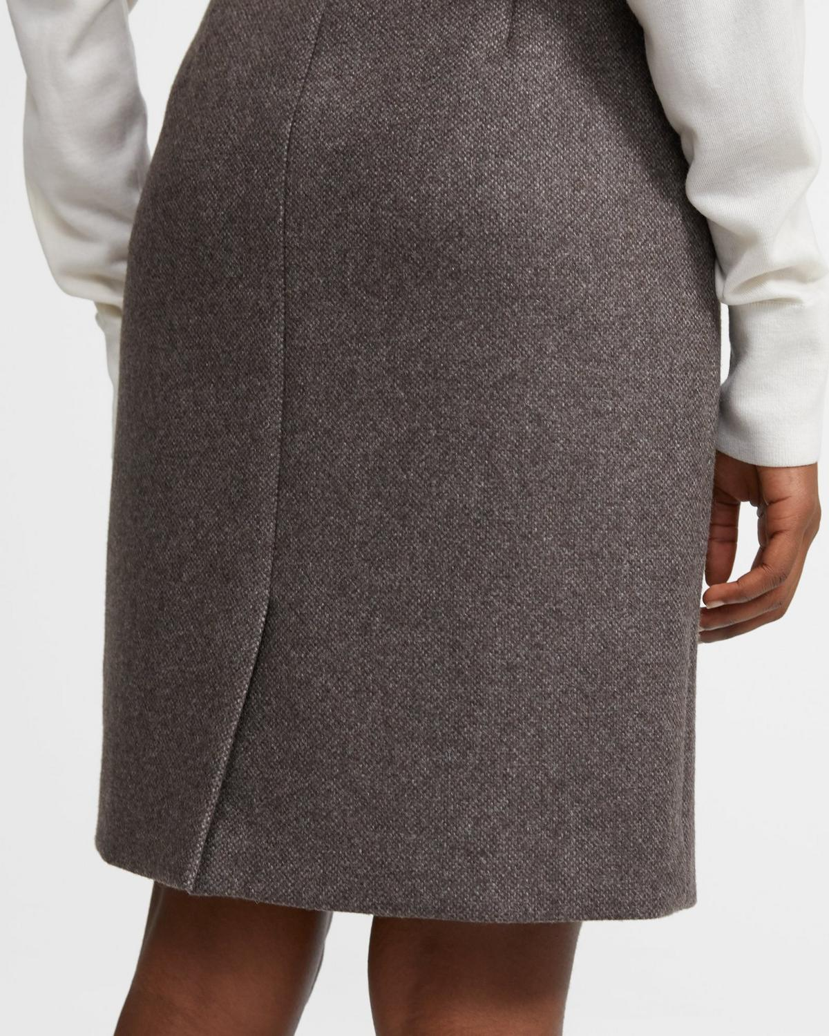 Clean Pencil Skirt in Cashmere Tweed