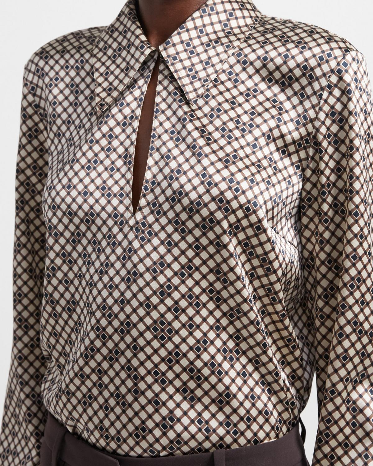 Wide Collar Shirt in Tile Print Silk