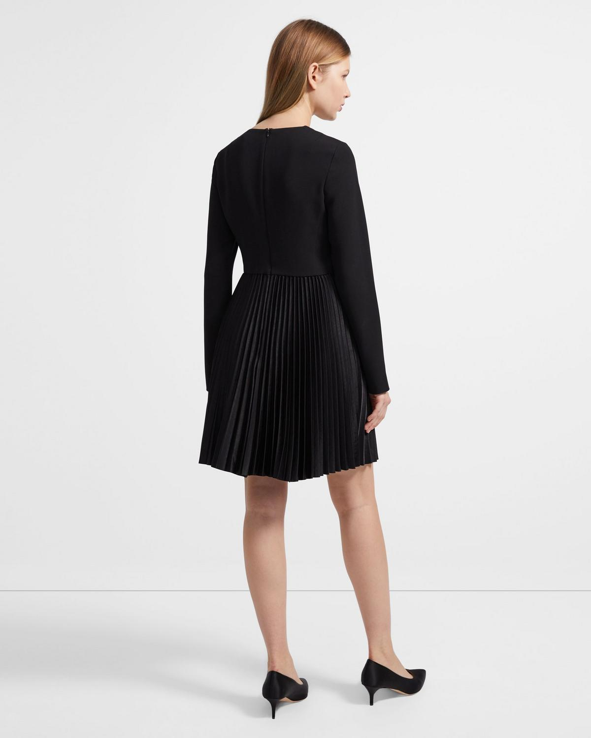 DART PLEATED DR