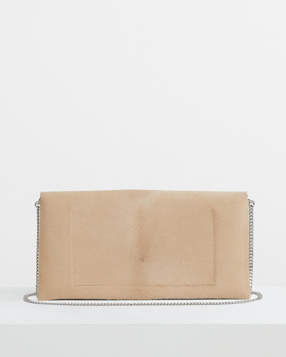 Simple Clutch in Haircalf
