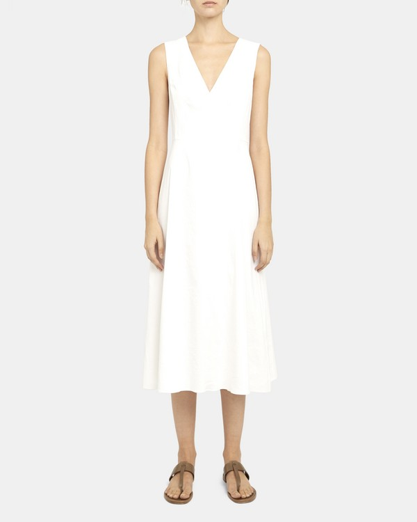Seamed V-Neck Dress in Good Linen
