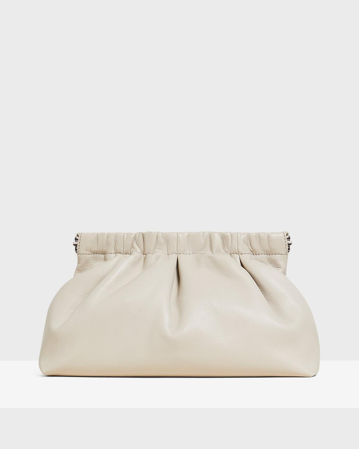 PLEATED CLUTCH