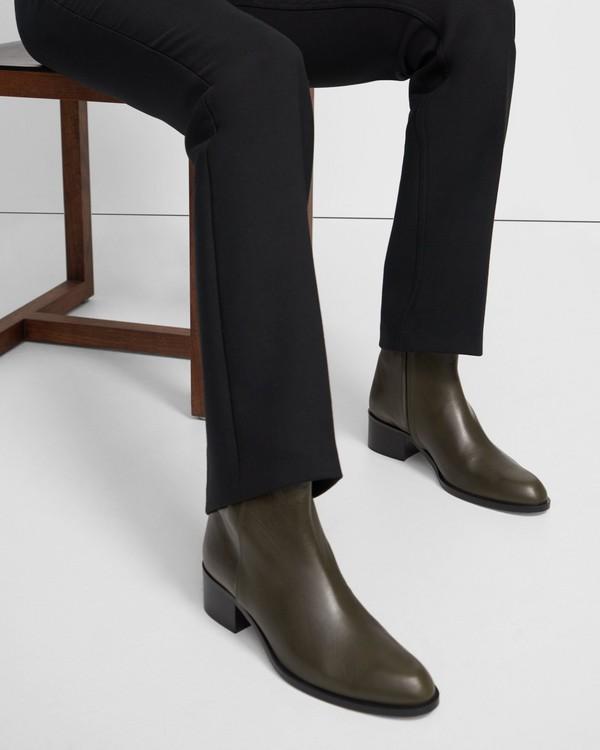 20FW 띠어리 슬릿 가죽 부츠 - 3 컬러 Theory Slit Boot in Leather