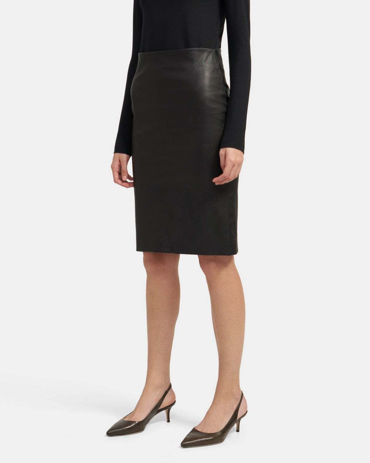 Skinny Pencil Skirt in Stretch Leather