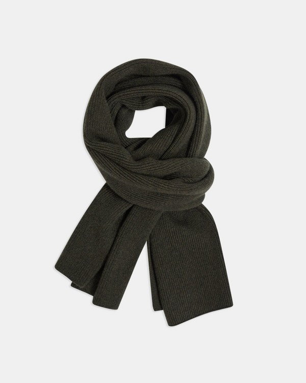 Camden Scarf in Ribbed Cashmere