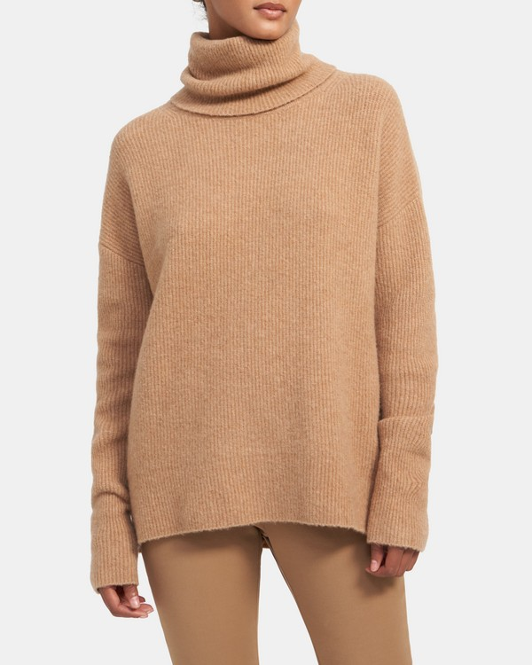 Turtleneck Sweater in Cloud Wool