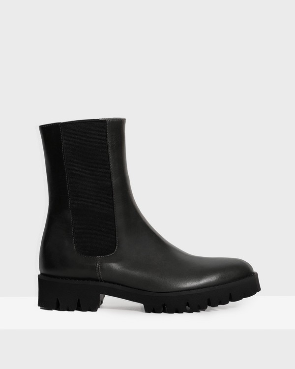 Chelsea Boot in Leather