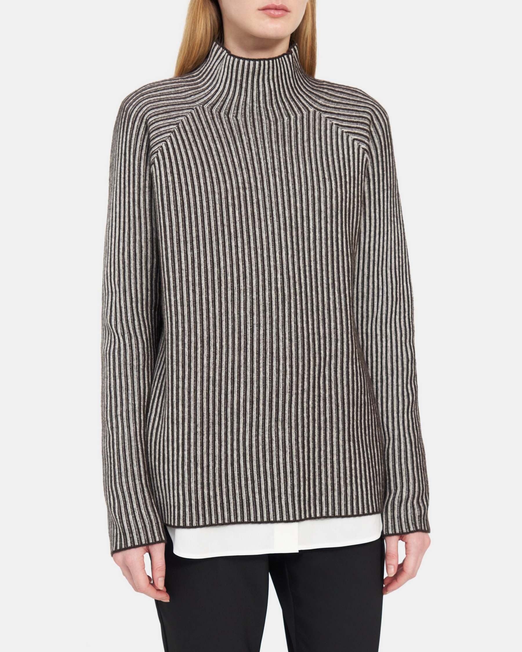Theory Plaited Ribbed Turtleneck in Cashmere