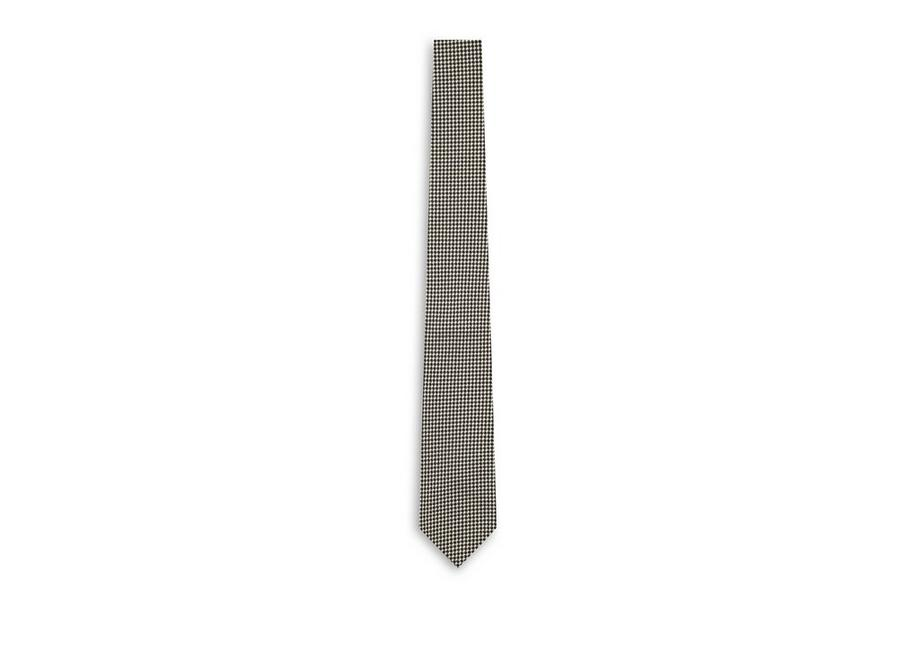 TEXTURED CHECK TIE A fullsize