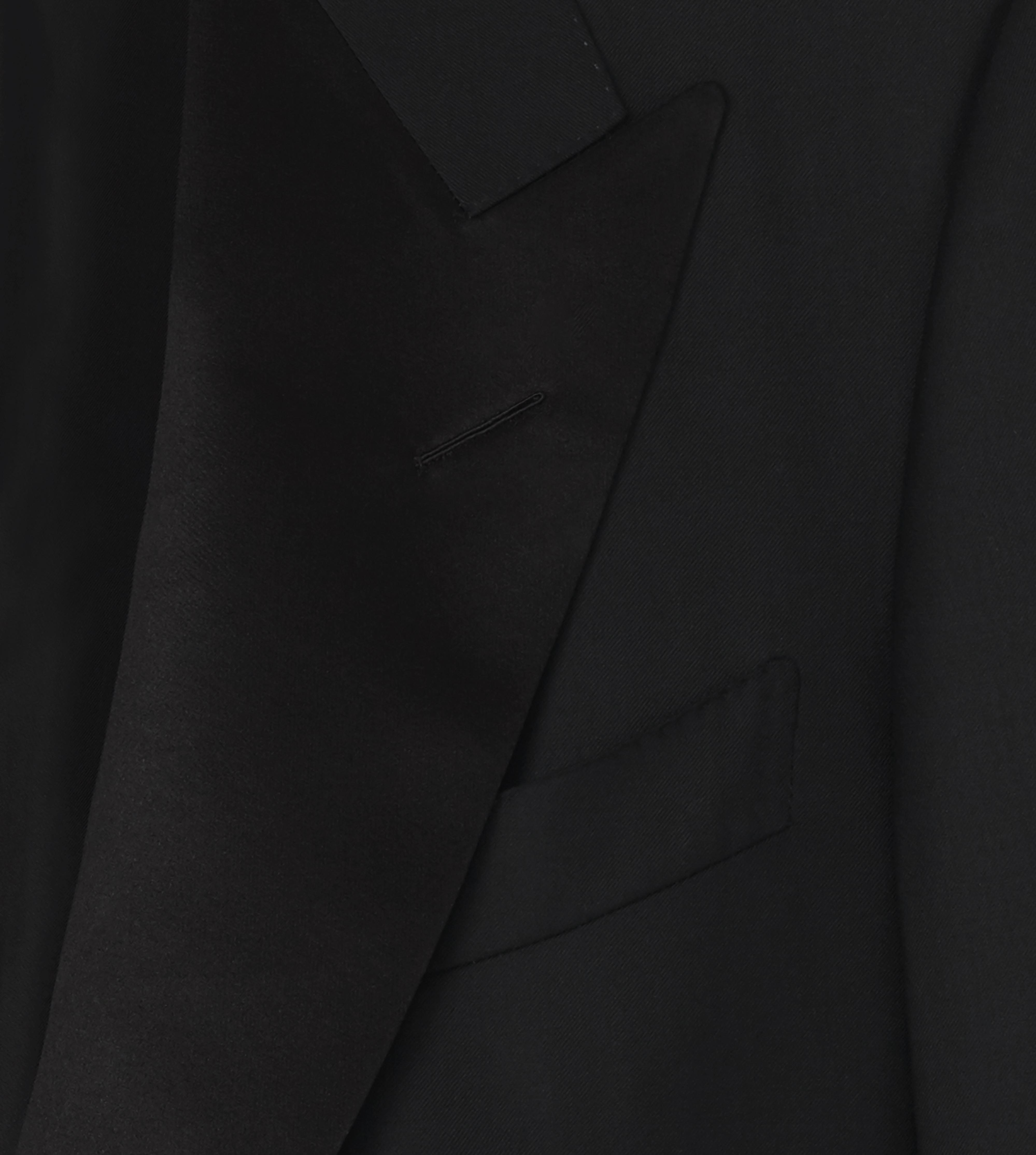WINDSOR SUIT WITH SATIN PEAK LAPEL D thumbnail