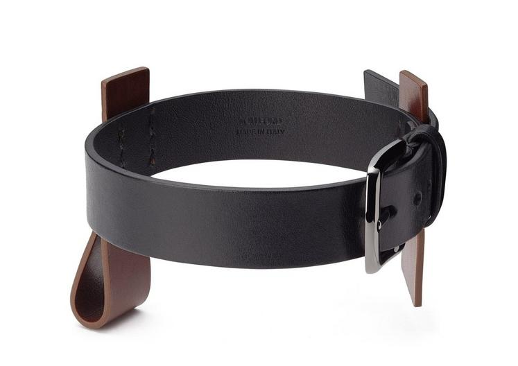LEATHER WRAP BUCKLE CUFF B fullsize