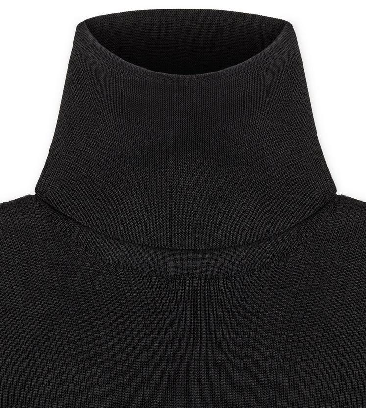 FITTED POLO NECK TOP C fullsize