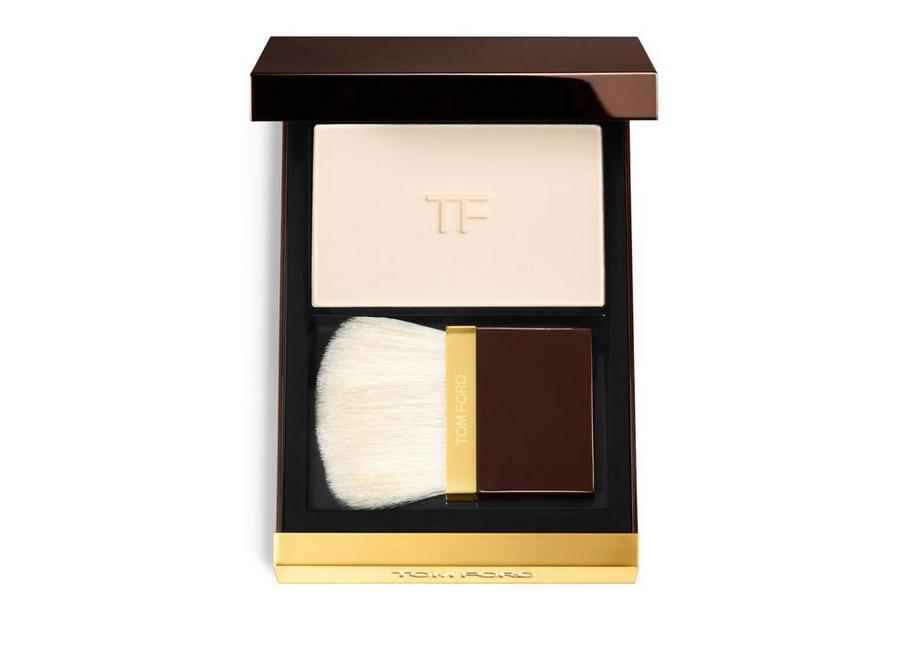 TRANSLUCENT FINISHING POWDER A fullsize