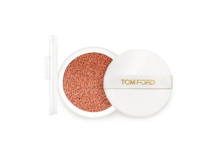 GLOW TONE UP FOUNDATION SPF 45 HYDRATING CUSHION COMPACT REFILL  fullsize