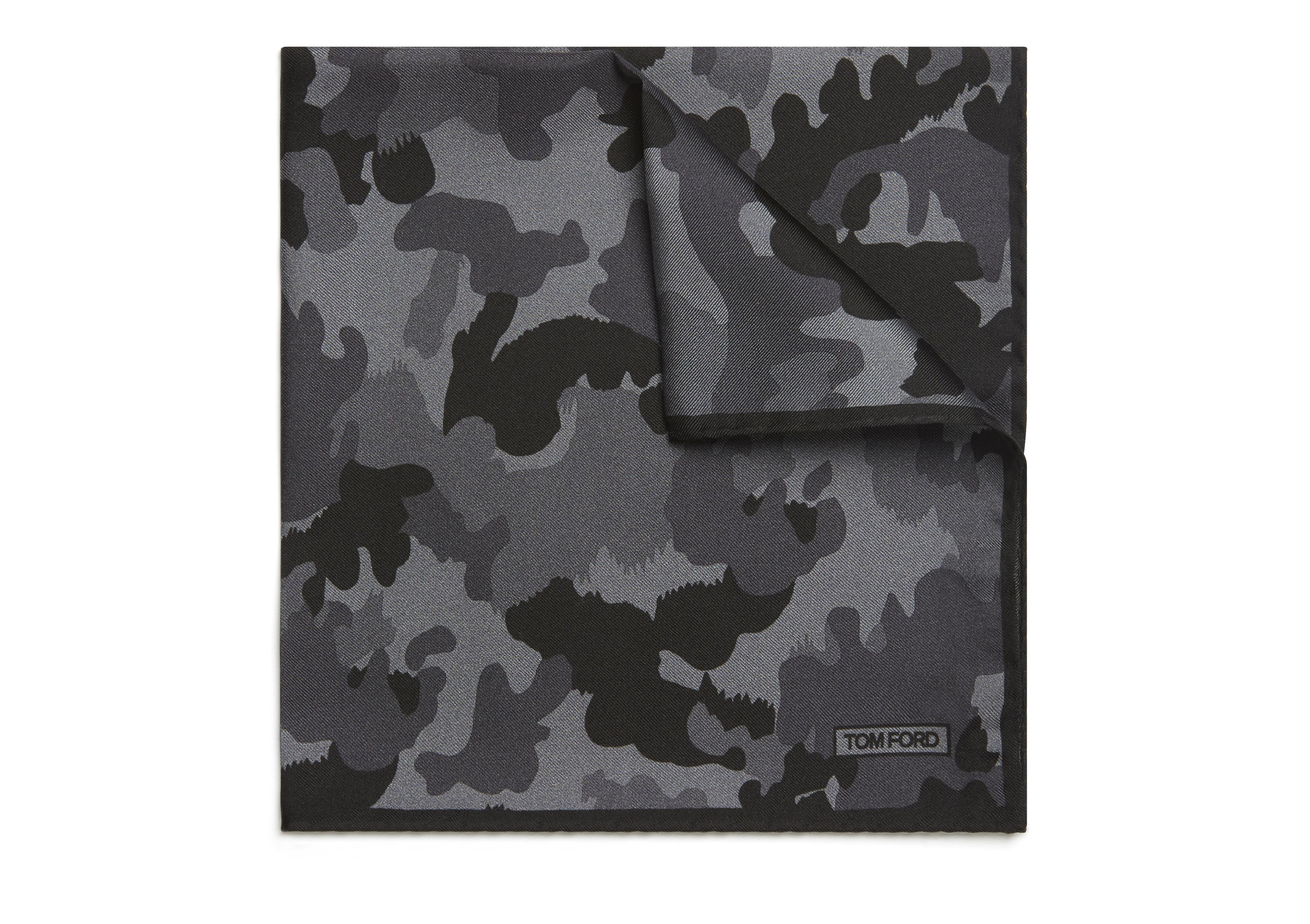 CAMOUFLAGE POCKET SQUARE A thumbnail