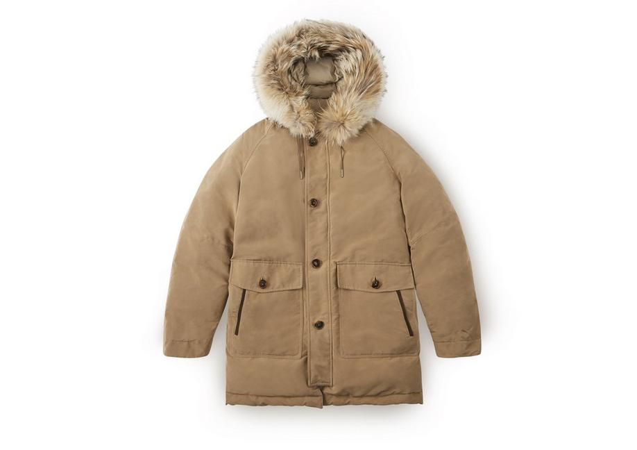 MOUNTAIN PARKA A fullsize