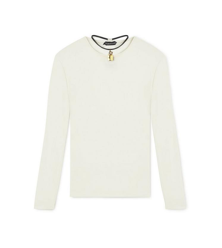 LONG SLEEVE CREW NECK TOP WITH PADLOCK ON LEATHER NECKLACE A fullsize