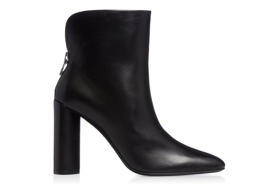 ZIP ANKLE BOOT A fullsize