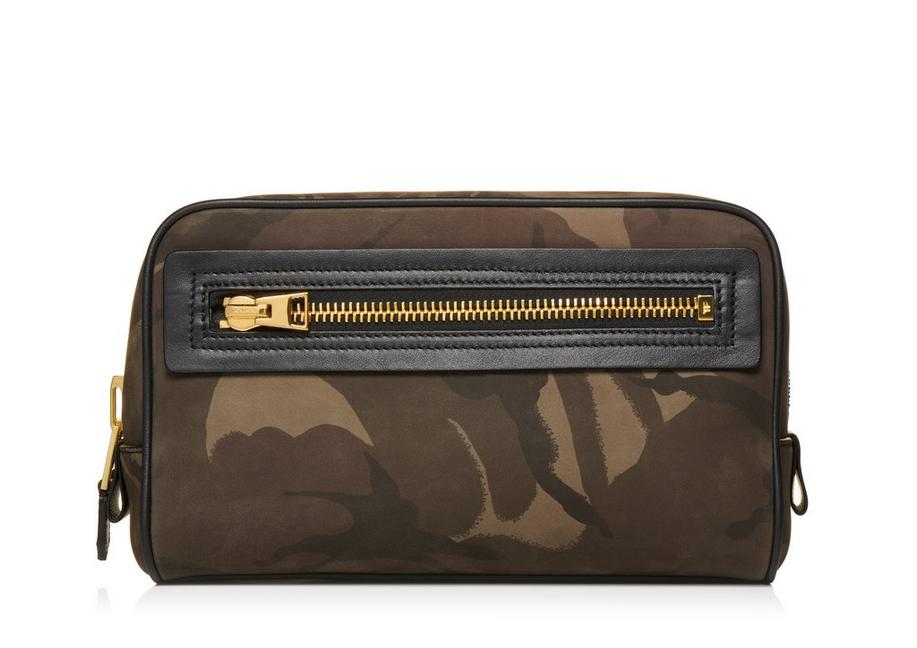CAMOUFLAGE SINGLE ZIP DOPP KIT A fullsize