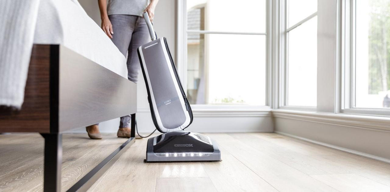 Elevate Conquer Vacuum - UK30300