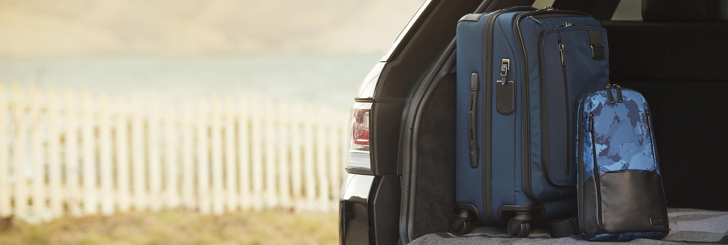 Tumi business cases are ideal for the professional who demands style, durability, and sophistication. Think of a Tumi purchase as a timeless investment that you can carry and use for years to come. For the traveler who's always looking for value and savings, shop our 20% off Tumi sale now!