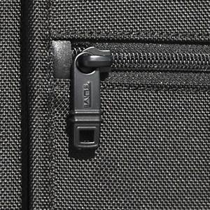 Luggage backpack zipper test open and close.