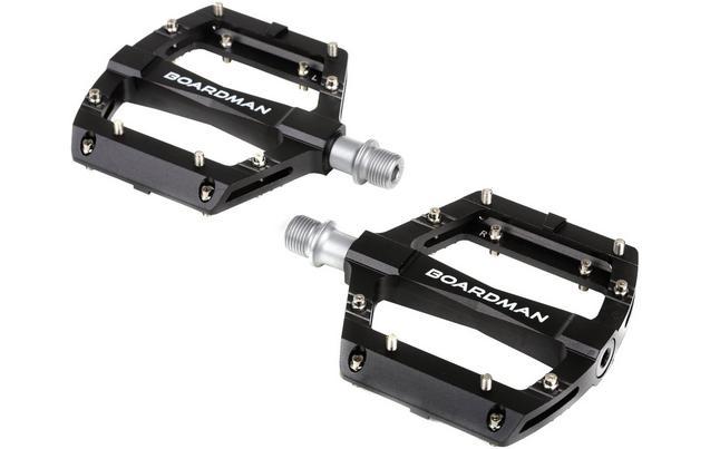 low profile small ish platform flat pedals singletrack. Black Bedroom Furniture Sets. Home Design Ideas