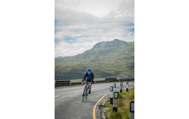2a0a5e77ec7 Carrera Zelos Mens Road Bike - 51, 54cm Frames
