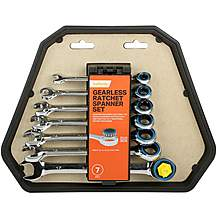 image of Halfords 7 Piece Gearless Rachet Spanner Set
