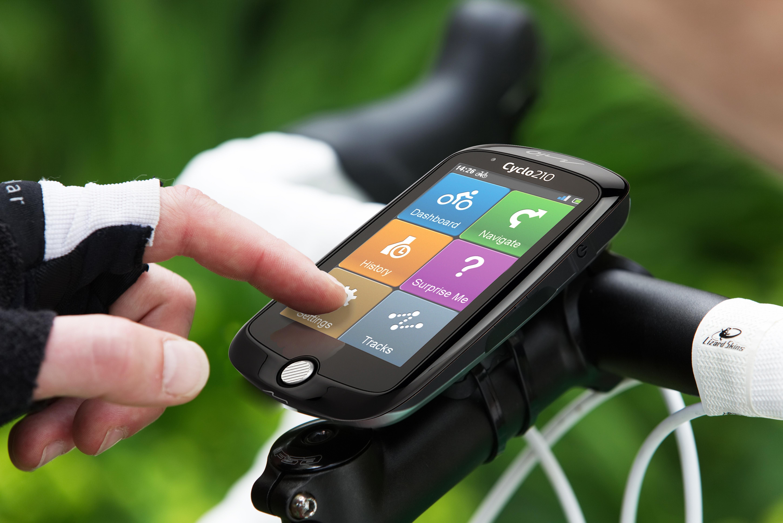 "Mio Cyclo 210 GPS Bike Computer with 3.5/"" Touchscreen"