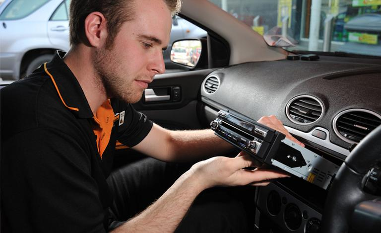 How to fit a car stereo – Guide and Video | Halfords