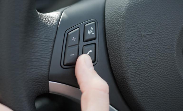 Bluetooth car kit installation / Hotels in nola
