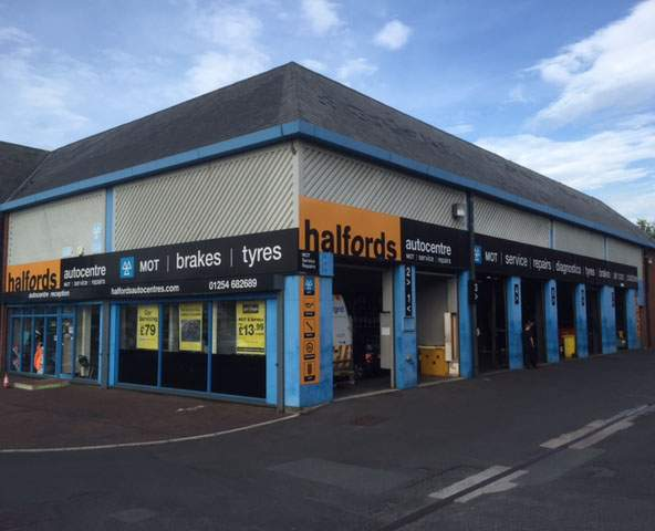 Halfords Autocentre Blackburn