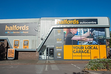 Halfords Autocentre Eastleigh