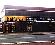 Halfords Autocentre Southfields London