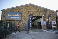 Halfords Autocentre Surbiton