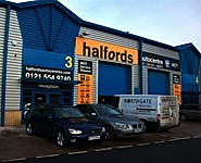 Halfords Autocentre West Bromwich
