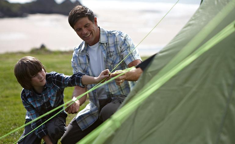 Halfords Advice Centre | How to Put Up a Tent