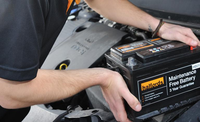 Halfords Advice Centre | Checking and Cleaning Your Car Battery