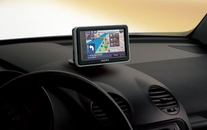 How to Update a Sat Nav Guide | Halfords
