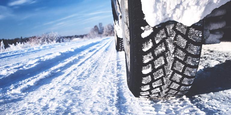 Image for Driving in snow: Tips to stay safe article