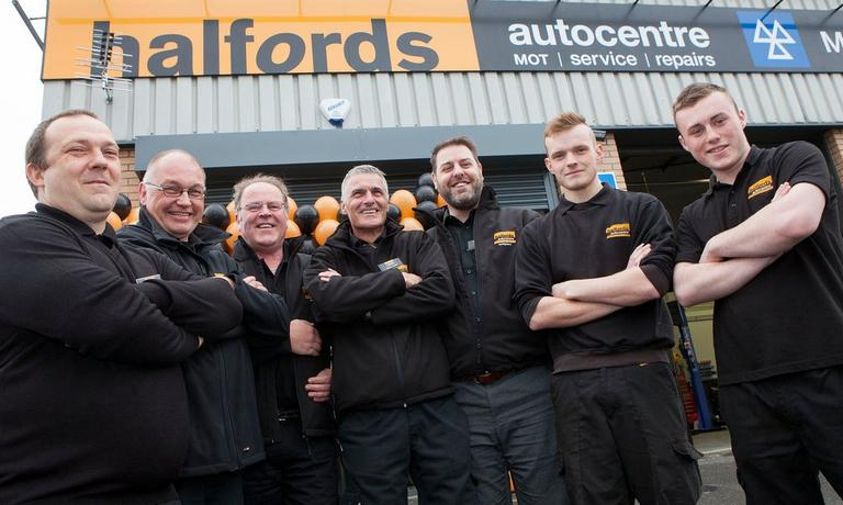 Image for Sep 2015 | New autocentre opens in Glasgow article