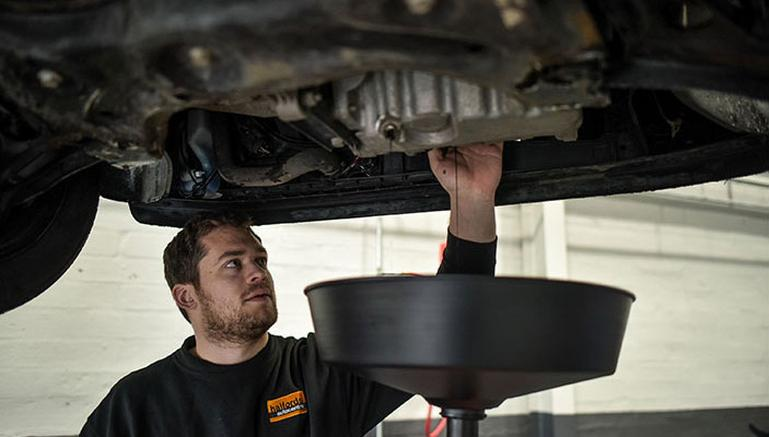Image for Class 7 MOT test centres article