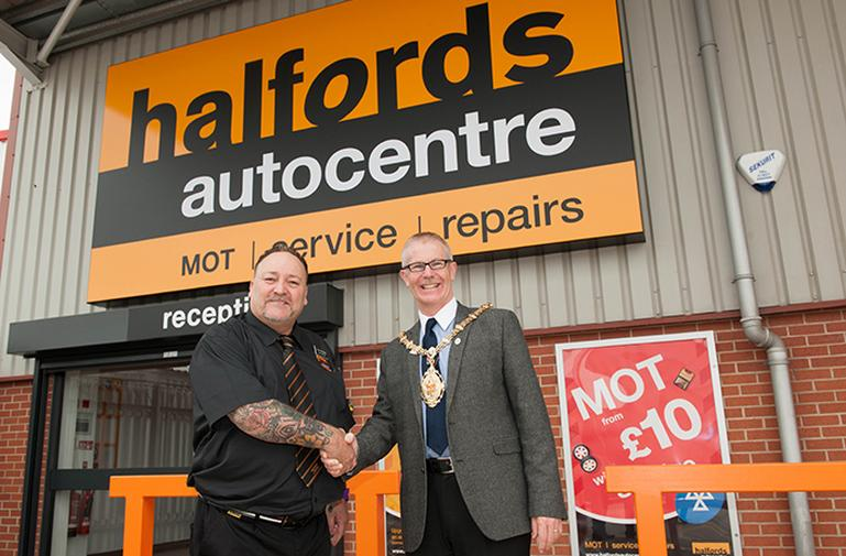 Image for June 2016 | New Tunstall Autocentre article