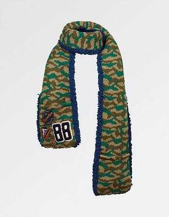 Camo Badge Scarf