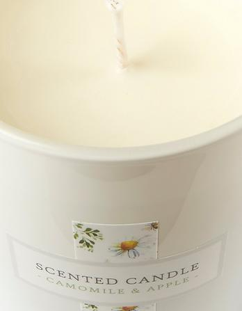 Chamomile and Apple Candle