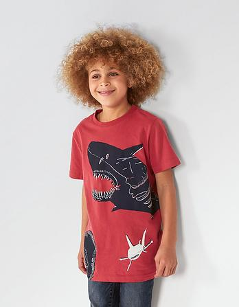 ARTHOUSE Meath Shark T-Shirt