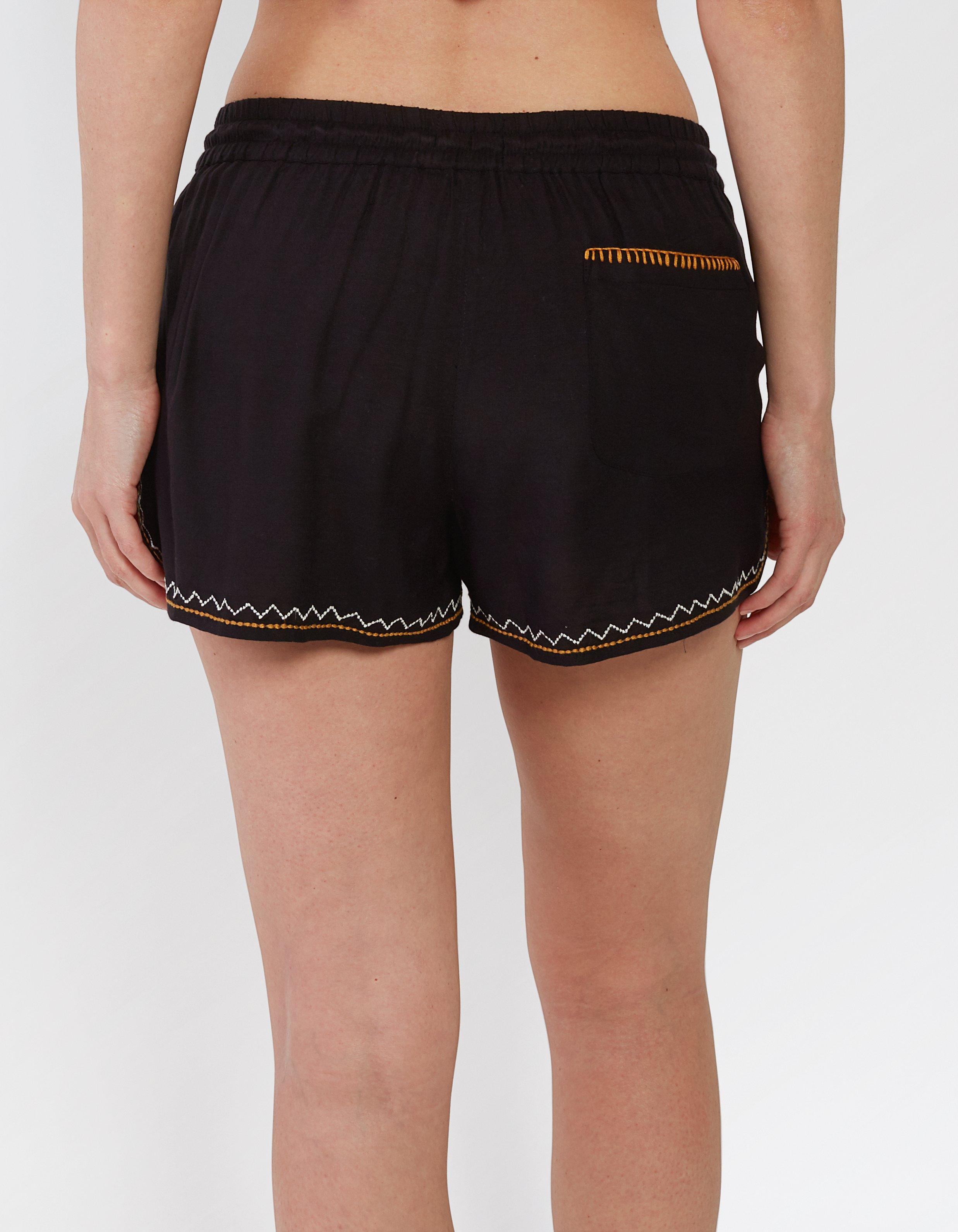 Boscastle Embroidered Shorts