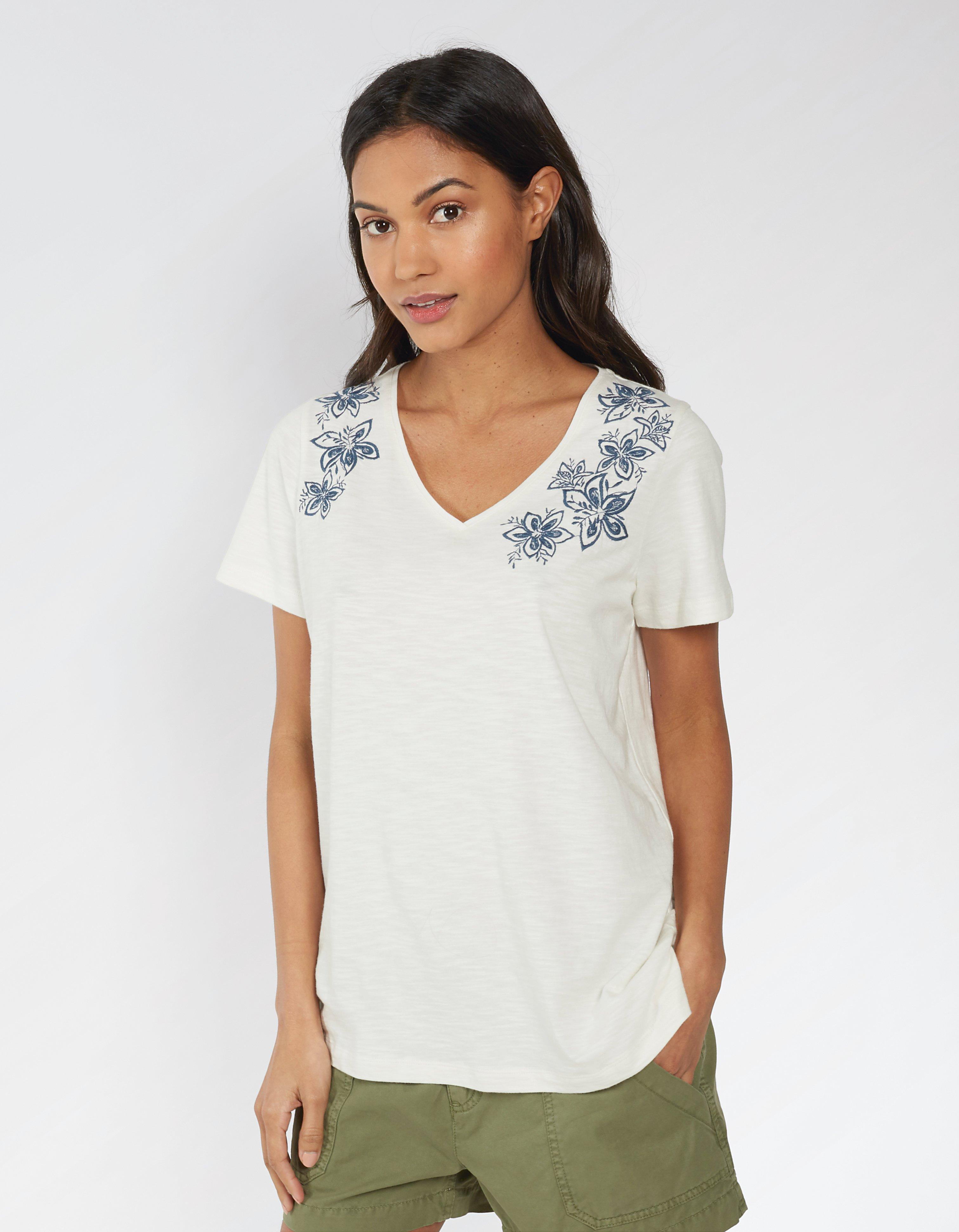 Kaye Star Flower Embroidered T Shirt